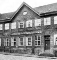 1877 zog das Museum in die Kieler Kattenstraße