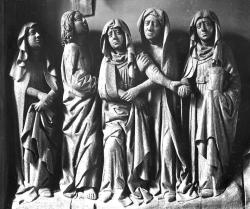 Schnitzkunst wie diese Gruppe aus dem Altar von Neukirchen waren der Kern der Sammlung