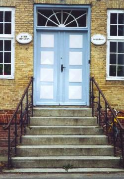 Eingang zum ehemaligen Schwesternhaus