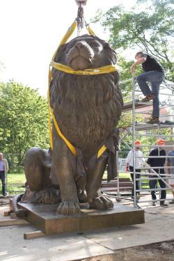 Lange dauerte, bis der Löwe endlich in Flensburg ankam