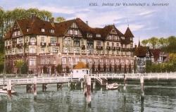 1920 war das Institut in das Kruppsche Anwesen, das ehemalige Logierhaus des Kaiserlichen Yachtclubs umgezogen