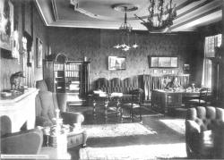 Blick in das Chefbüro des IfW – am Schreibtisch noch Bernhard Harms