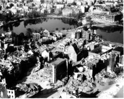 Am Kleinen Kiel 1945