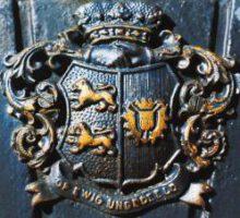Wappen am Garnisonsfriedhof von Rendsburg: