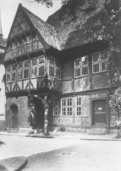 Das alte Rathaus von Rendsburg aus dem 16. Jahrhundert im historischen Stadtkern