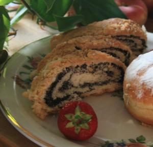 Mit den Flüchtlingen aus Ostpreußen lernten die Schleswig-Holsteiner neues Essen kennen und lieben wie etwa Mohnkuchen